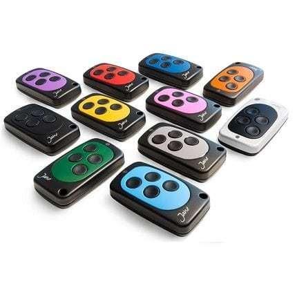télécommande Jane en 11 couleurs disponibles. intérêt d'une télécommande copieuse